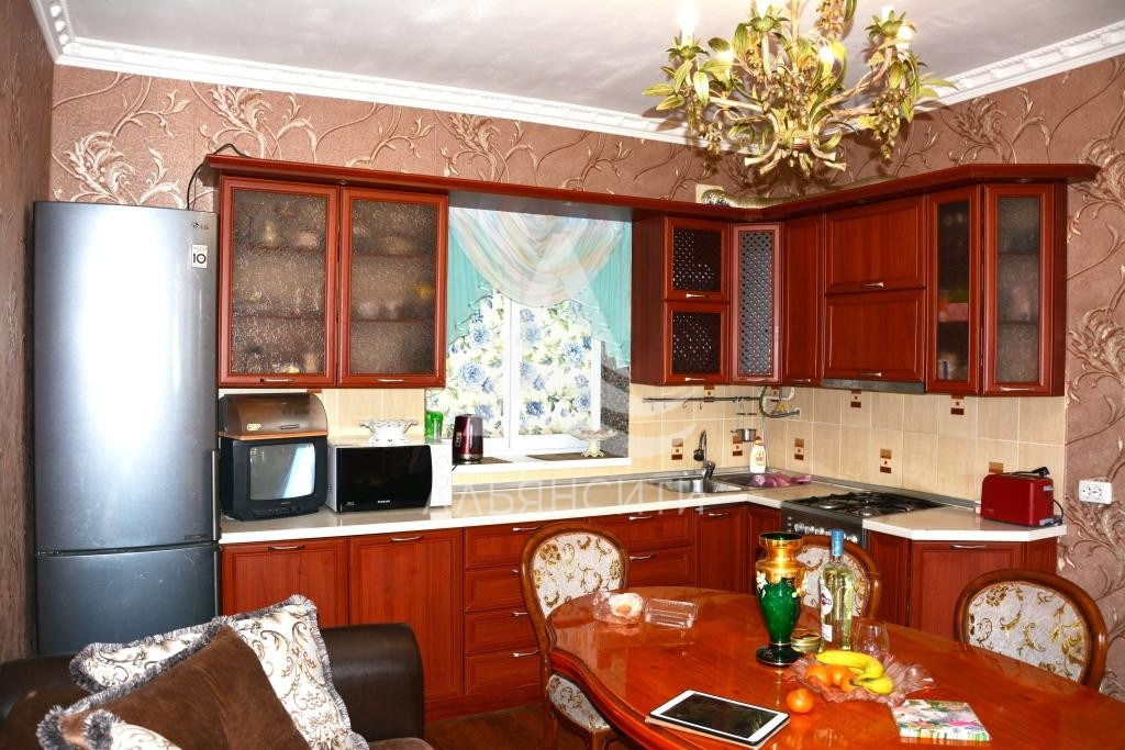 Продается гостевой дом г. Алушта, ул. Красноармейская