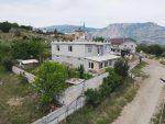 Продается дом 220 м.кв на участке 8,5 соток.